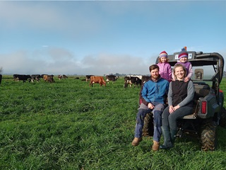 Murray Dairy Board Director, Dustin Kemp and his family on their farm